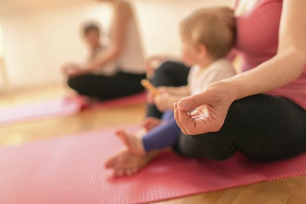 Cours yoga postnatal